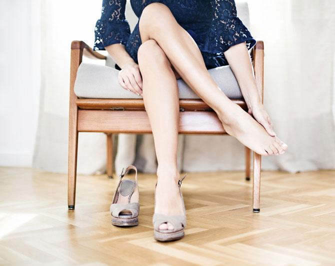 Отслоение ногтей при ношении тесной обуви