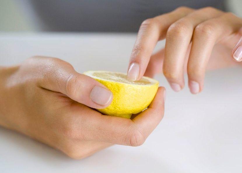 Лимонный сок для восстановления ногтей